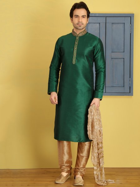 Hunter Green Art Banarasi Silk Embroidered Festival Kurta