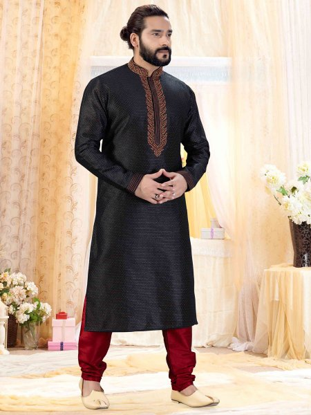 Black Jacquard Embroidered Festival Kurta