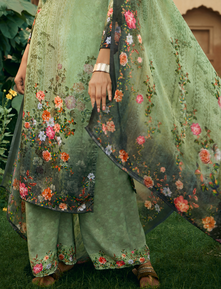 Light Green Crepe Printed Party Palazzo Pant Kameez