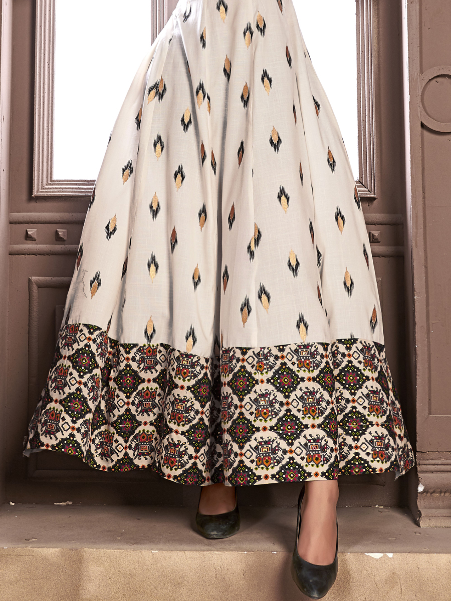 White Rayon and Satin Printed Casual Kurti