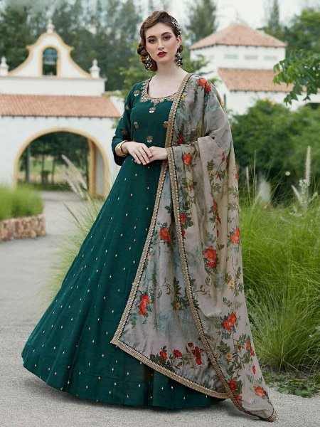 Hunter Green Silk Embroidered Party Lawn Kameez