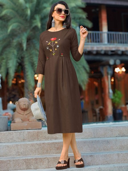 Auburn Brown Cotton Casual Embroidered Kurti