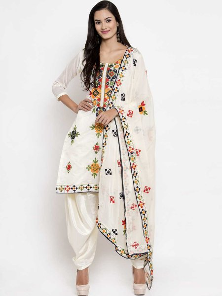 Off-White Chanderi Silk Embroidered Festival Patiala Pant Kameez
